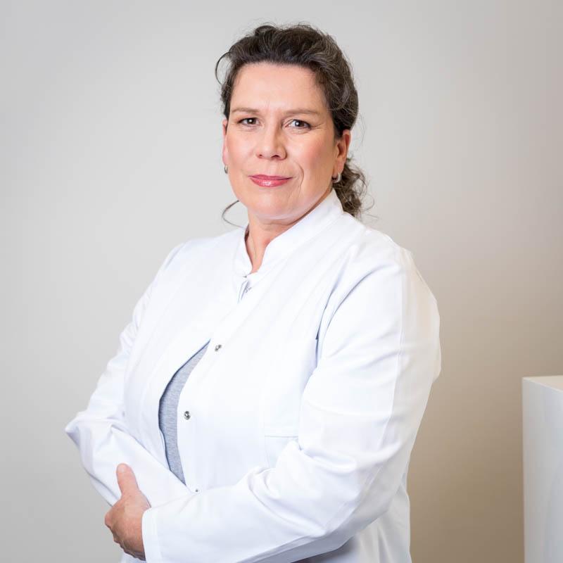 Internist München Hausarzt-Riemer-Bräunling-Dr. med. Julia Bräunling-Foto REHBINDER